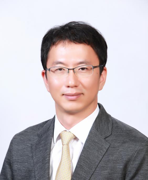 문주혁 교수.png